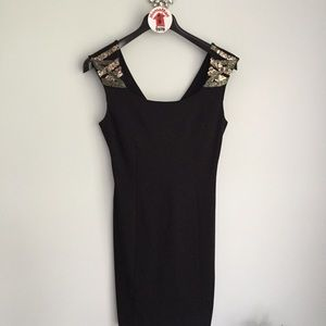 GUESS LA Black Sleeveless Dress